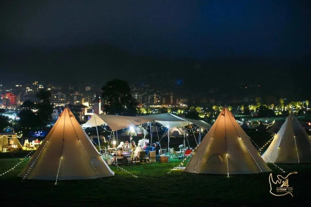 乡村旅游的新爆点—帐篷营地